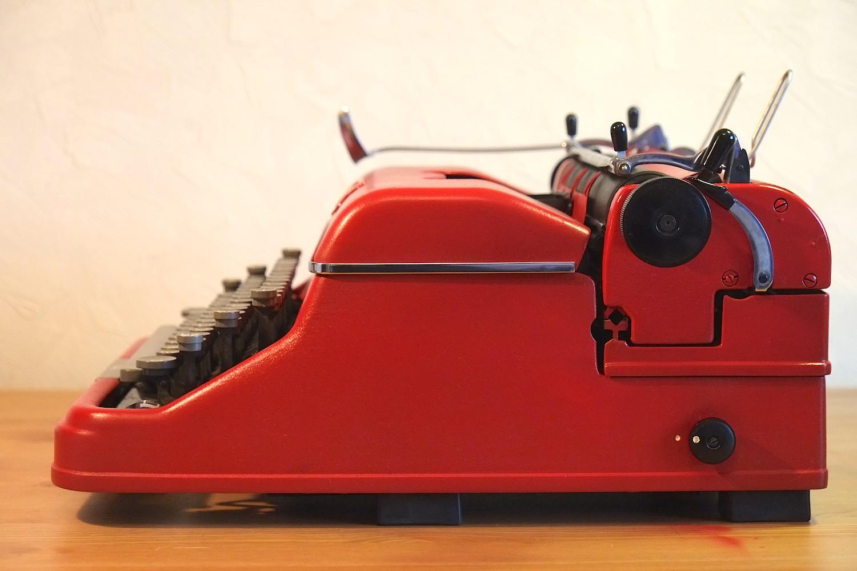 Пишущая печатная машинка Rheinmetall GS